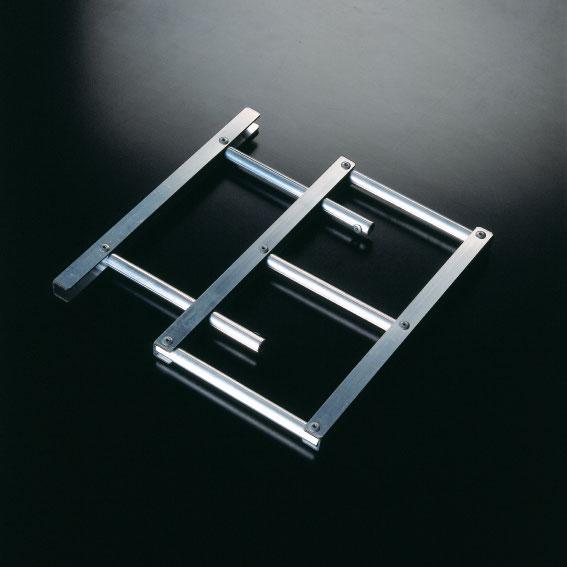 repose plat inox great porte couteau drop couzon acier massif pieces coffret cadeau with repose. Black Bedroom Furniture Sets. Home Design Ideas